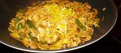 Mihoen met bami-groenten peultjes en spekreepjes beetje Surinaams