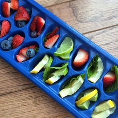 Lots of resources and tips to stay hydrated, including some refreshing citrus, berry, and herb ice cubes + a strawberry, orange, mint-infused water recipe!