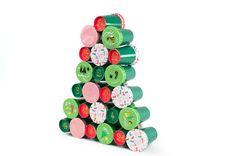 Calendrier de l'Avent Sapin DIY - Annikids, le blog Wind Chimes, Diy, Holiday Decor, Outdoor Decor, Cupcakes, Relief, Ideas Para, Home Decor, Christmas Ideas
