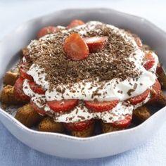 Kwarktiramisu met aardbeien Tiramisu, Pancakes, French Toast, Ice Cream, Breakfast, Ethnic Recipes, Desserts, Mascarpone, No Churn Ice Cream
