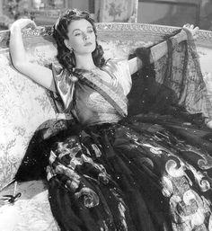 """Vivien Leigh as Emma Lyon‑Hamilton in """"That Hamilton Woman"""" - 1941"""