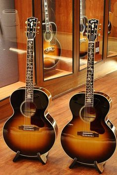 Gibson [Custom Vine] in Thailand Gibson Acoustic, Gibson Guitars, Fender Guitars, Acoustic Guitars, Guitar Pics, Cool Guitar, Gibson Sg, Ukulele, Jim Morrison Movie