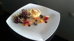Empada de galinha com salada mesclun www.altishotels.com #altisbelemhotel #cafetariamensagem