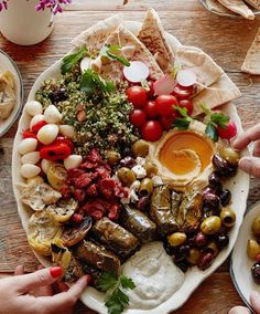 Tuesday platter goals  Great pic by @whatsgabycookin