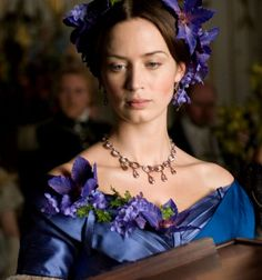 Emily Blunt as Queen Victoria in 'The Young Victoria' (2009). - 1840s costumes.