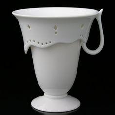 sipek borek design - Google 搜尋 Tea Cups, Designers, Ceramics, Dishes, Mugs, Tableware, Google, Ceramica, Plate