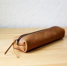Longitude Case in Malt Leather.