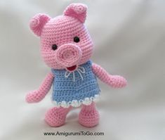 Free Pattern and this little piggy cried WEE WEE WEE, until you give he… Make me! Free Pattern and this little piggy cried WEE WEE WEE, until you give her a cuddle Easy Crochet Baby Hat, Crochet Pig, Crochet Amigurumi Free Patterns, Diy Crochet Animals, Diy Christmas Decorations Easy, This Little Piggy, How To Start Knitting, Animal Crafts, Piglets