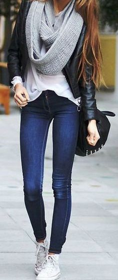 Cute Casual Winter Outfit Ideas for Teenagers for Teen Girls for School for College with Jeans and Scarf Leather Jacket - ideas lindas del equipo del invierno - www.Poshiroo.com #womendressesclassy