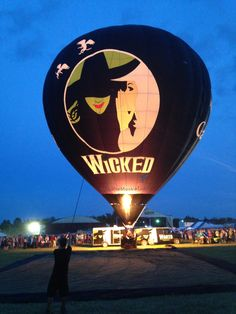 Riding in this hot air balloon is an important goal in my life.
