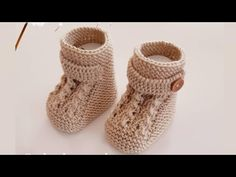 Baby Knitting Patterns, Crochet Patterns, Free Crochet, Knit Crochet, Baby Shoes Pattern, Baby Slippers, Crochet Baby Shoes, Baby Boots, Crochet Designs