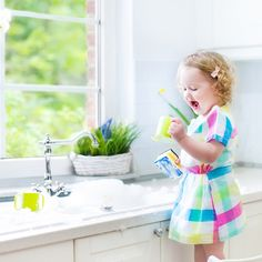 There are many great reasons why you should switch to using organic cleaning products. Uncover these reasons and try these three simple homemade cleaning products for the kitchen. data-pin-do=