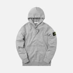 Cotton fabric Hood with drawstring Garment dyed Ribbed collar, cuffs, and waistband Kangaroo pockets Removable Stone Island patch on left sleeve Style: Color: Polvere Material: Cotton Stone Island Hoodie, Clothing Ideas, Sleeve Styles, Collars, Cotton Fabric, Hoodies, Sleeves, Sweaters, How To Wear