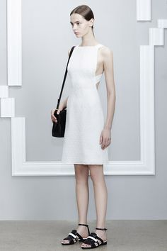 Jason Wu Resort 2015. Read the review on Vogue.com.