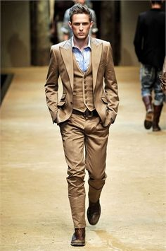 D&G 2010 Men's Fashion Week