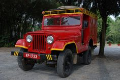 Red Fire jeep