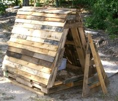 How to: Build a Goat House Using Old Pallets