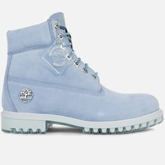 The Timberland Premium Boot 'First Frost' puts a spin on the classic boot, offering up a very unconventional colorway. Donned in a fresh bright blue Timberland Chukka, Timberland Boots Outfit, Timberlands Shoes, Timberlands Women, Baby Blue Timberlands, Timberland Heels, Timberland Fashion, Timberland Waterproof Boots, How To Stretch Shoes