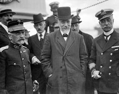 General Panagiotis Danglis (left), Prime Minister Eleutherios Venizelos (centre), and Admiral Pavlos Koundouriotis (right) arrive at Salonika on 9 October after establishing a provisional Greek Nationalist Government in opposition to King Constantine I. Italian Campaign, Greek History, Serbian, Ottoman Empire, World War I, Greece, Captain Hat, Culture, Prime Minister