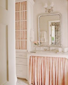 Most Design Ideas Beautiful Guest Bathrooms Pictures, And Inspiration – Modern House Interior, New Bathroom Ideas, Bathroom Wall Decor, Decor Interior Design, Shabby Chic Bathroom, Home Decor, Bathroom Interior, Bathtub Decor, Bathroom Decor