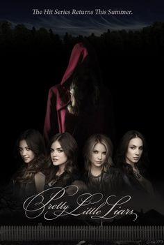 Shay Mitchell (Emily Fields) , Lucy Hale (Aria Montgomery) , Ashley Benson (Hanna Marin) , & Troian Bellisario (Spencer Hastings) - Pretty Little Liars