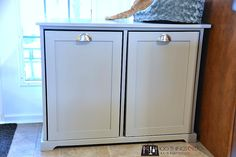 DIY Recycling Centre - A beginner build Recycling Storage, Garbage Recycling, Recycling Center, Diy Storage, Kitchen Garbage Can Storage, Clever Kitchen Storage, Bathroom Storage Solutions, Beginner Woodworking Projects, Diy Woodworking