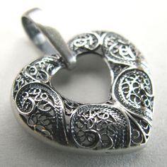Pendente de filigrana em prata - Silver Filigree Pendant - Colgante en filigrana de plata