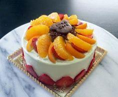 苺とカスタードクリームのバースデーケーキ