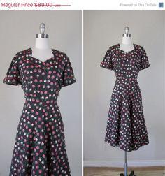 SALE Vintage 1930s Dress // 30s Floral Novelty by RevolvingStyles, $75.65