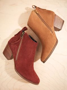 The perfect fall booties..... A pair in each colour please!