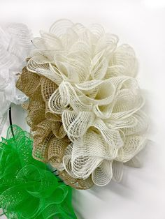 Exploring the Pull Through Wreath Method with Assorted Mesh Mesh Ribbon Wreaths, Christmas Mesh Wreaths, Deco Mesh Wreaths, Mesh Bows, Yarn Wreaths, Winter Wreaths, Floral Wreaths, Spring Wreaths, Summer Wreath