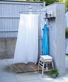 Galleria foto - Come realizzare la doccia esterna Foto 51