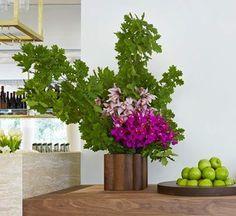 Large Fuchsia and Green Arrangement