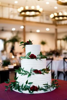 Wedding Photos by Saint Louis Wedding Photographer, Ashley Fisher Photography, Wedding Cake at Fall Wedding Reception at Silver Oaks Chateau in Pacific, MO #weddingphotography