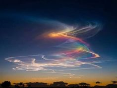 Extremely rare atmospheric phenomenon called rainbow bridge or circumhorizontal arc: when the sun is at least 58º above horizon and ice crystals in clouds form rainbows. Color Cielo, Celestial, Cirrus Cloud, Fire Rainbow, The Rainbow Bridge, Rainbow Magic, Ice Crystals, Natural Phenomena, Amazing Nature