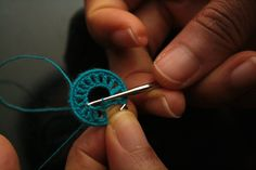 Free Pattern: Crochet Hoop Earrings by Erica K.
