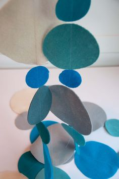 Aesthetic Nest: Sewing: Polka Dot Felt Garland (Tutorial)