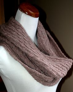 Free Pattern: Cuddle Up Cowl by Susan Pandorf