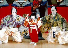 3 Generations on one stage. @Liran Stern's debut performance:  市川染五郎、松本金太郎、松本幸四郎