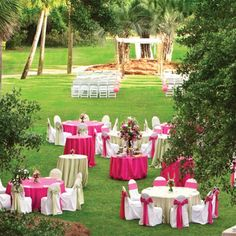 A pretty pink affair at Wild Dunes Resort, located on Isle of Palms—the lovely barrier island near historic Charleston, South Carolina.