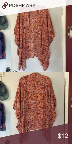 Boho Kimono cardigan Long kimono like cardigan. Cute with shorts/tank top, tight dress, or even to throw on over a bath suit. Very light and comfy. Brand new never worn Forever 21 Sweaters Cardigans