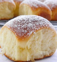 brioche buchty thermomix – moelleuse, tendre et délicieuse – The Best Arabic sweets and desserts recipes,tips and images Cooking Chef, Cooking Time, Thermomix Desserts, Dessert Recipes, Super Dieta, Pan Rapido, Bread Dough Recipe, Sugar Bread, Brioche Bread