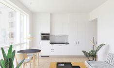 Myydään Kerrostalo, Yksiö - Tampere, Keskusta, Kansikatu 1 B98 - Etuovi.com 7924952 Table, Furniture, Home Decor, Decoration Home, Room Decor, Tables, Home Furnishings, Home Interior Design, Desk