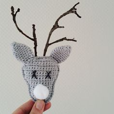 Embroidery Patterns Love Appliques Ideas For 2019 Christmas Crochet Patterns, Holiday Crochet, Christmas Knitting, Diy Crochet, Crochet Hats, Häkelanleitung Baby, Art Textile, Oh Deer, Amigurumi Patterns