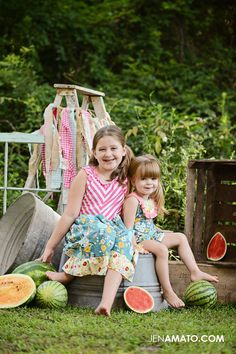 The Watermelon Mini Session was so much fun this year!! Please be sure to follow my facebook page for updates on mini session offerings :)