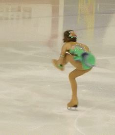 I wish I could do leg turns like that in jazz shoes. I know it's not technically dance but I have to pin it!!