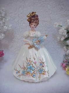 Josef Originals~Lovely Lady - LOVE MAKES THE WORLD GO ROUND Series~W/Parasol