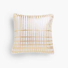 Image of the product Gold geometric print cushion cover