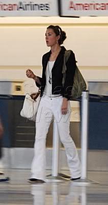 Catherine, Duchess Of Cambridge Carole Middleton, Kate Middleton Outfits, Middleton Family, Kate Middleton Style, Royal Princess, Princess Style, Duke And Duchess, Duchess Of Cambridge, Sixth Form Outfits