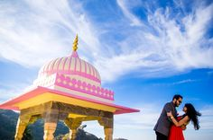 Palace #prewedding shoot. #jaipur Royal couple. Heritage location for pictures